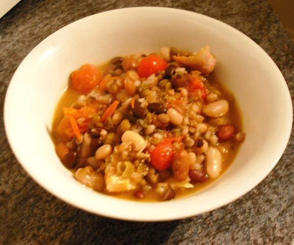 Zuppa di legumi in umido